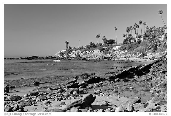 Black and white picture photo tidepool and rockpile beach laguna beach orange county california usa