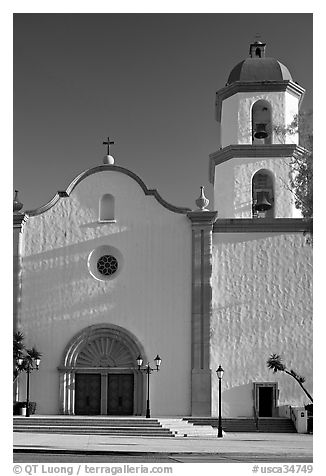 Mission basilica,  afternoon. San Juan Capistrano, Orange County, California, USA (black and white)
