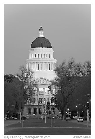 California State Capitol and Capitol Mall at dusk. Sacramento, California, USA (black and white)