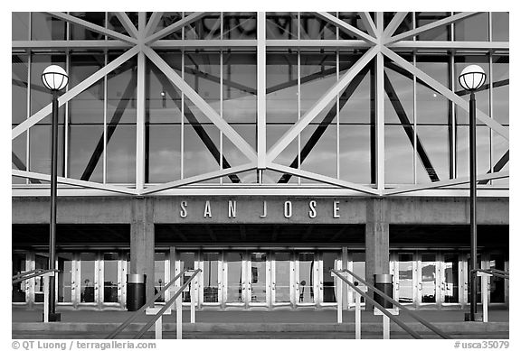 Facade of HP pavilion with San Jose sign. San Jose, California, USA (black and white)