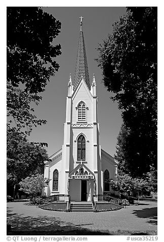 Church of the Nativity, mid-day. Menlo Park,  California, USA (black and white)
