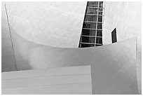 Steel curves, Walt Disney Concert Hall. Los Angeles, California, USA ( black and white)