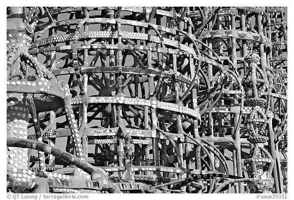 Detail, Watts towers, a masterpiece of folk art. Watts, Los Angeles, California, USA (black and white)
