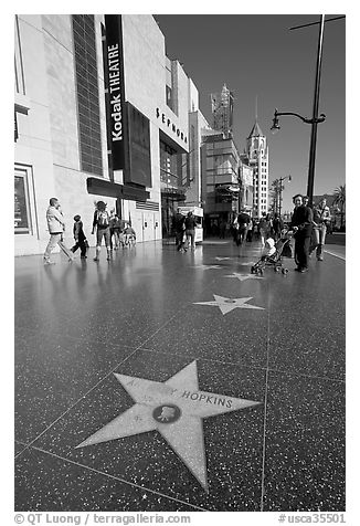 Black and white picture photo star bearing the name of antony hopkins on the walk of fame hollywood los angeles california usa