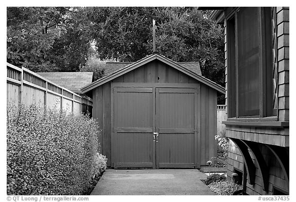 Garage where Hewlett-Packard started. Palo Alto,  California, USA (black and white)