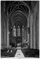 Nave, Grace Cathedral. San Francisco, California, USA ( black and white)