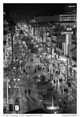 Third Street Promenade from above, night. Santa Monica, Los Angeles, California, USA (black and white)
