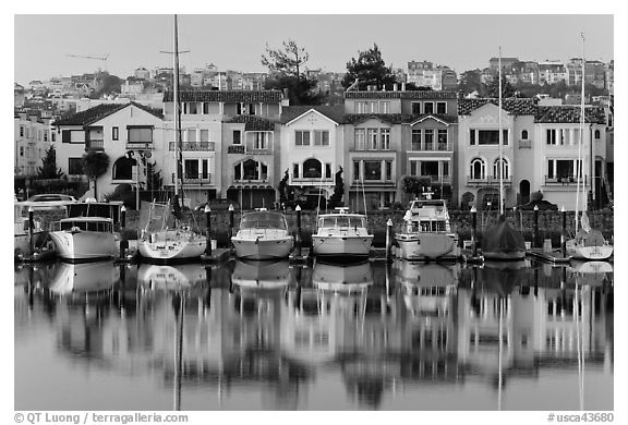 Marina and brighly colored houses. San Francisco, California, USA (black and white)