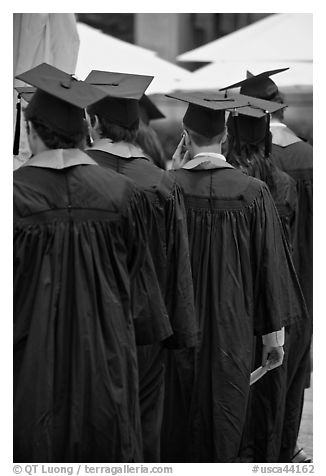 Graduates with robes and square caps seen from behind. Stanford University, California, USA (black and white)