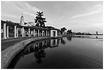 Colonades,  Lake Meritt. Oakland, California, USA (black and white)