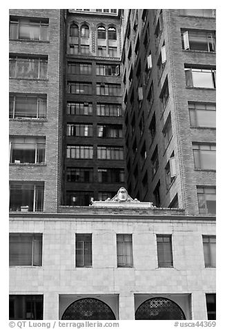 Historic high rise building. Oakland, California, USA (black and white)