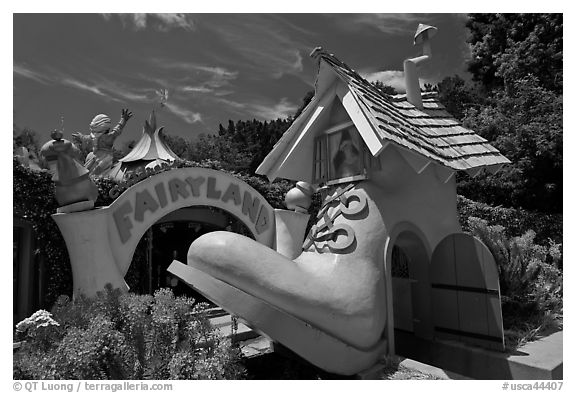Entrance of Fairyland. Oakland, California, USA (black and white)