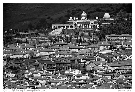 Residences and Sikh temple. San Jose, California, USA (black and white)
