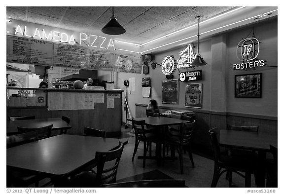 Pizza restaurant. Alameda, California, USA (black and white)