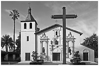 Cross and Mission Santa Clara de Asis, early morning. Santa Clara,  California, USA ( black and white)