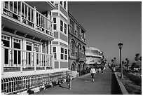 Beachfront promenade, Manhattan Beach. Los Angeles, California, USA ( black and white)