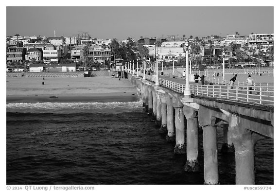 View from pier, Manhattan Beach. Los Angeles, California, USA (black and white)