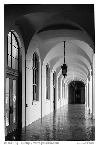 Gallery, City Hall. Pasadena, Los Angeles, California, USA (black and white)