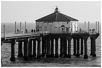 Aquarium and cafe on pier, Manhattan Beach. Los Angeles, California, USA ( black and white)