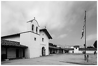 El Presidio de Santa Barbara. Santa Barbara, California, USA ( black and white)