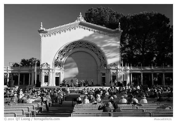 Music performance at Spreckels Pavilion. San Diego, California, USA (black and white)