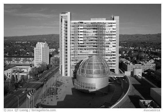 Aerial view of City Hall. San Jose, California, USA (black and white)