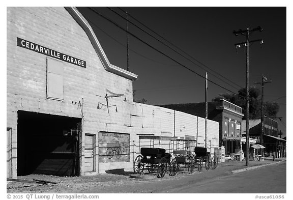 Main street, Cedarville. California, USA (black and white)
