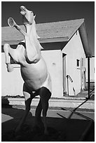 Horse sculpture, Amboy. California, USA ( black and white)