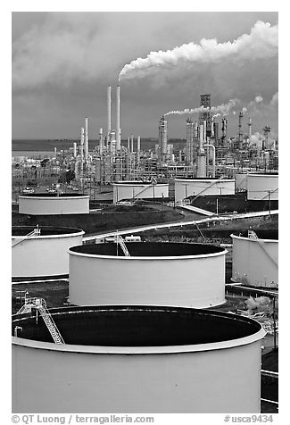 Storage citerns and piples, ConocoPhillips  Refinery,  Rodeo. San Pablo Bay, California, USA (black and white)