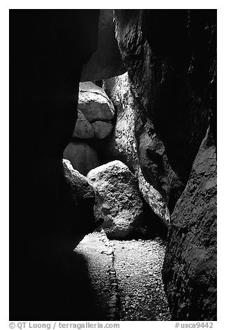 Rocks and trail in Bear Gulch Caves. Pinnacles National Park (black and white)