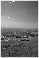 Paragliders, Mission Peak Regional Park. California, USA (black and white)