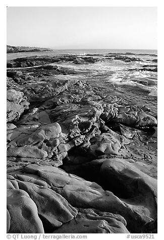 Bean Hollow State Beach, sunset. San Mateo County, California, USA (black and white)