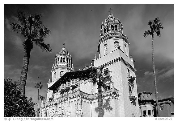 Hearst Castle. California, USA (black and white)