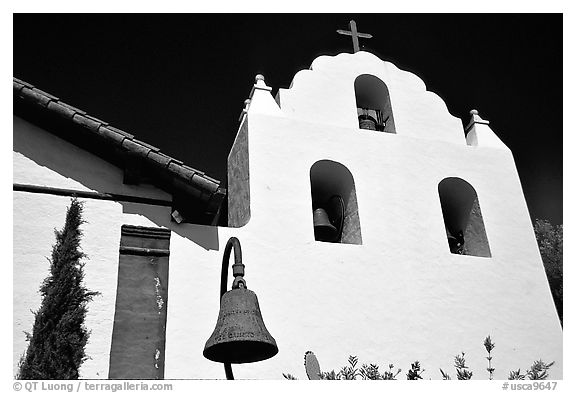 Cross and bell tower, Mission Santa Inez. Solvang, California, USA (black and white)