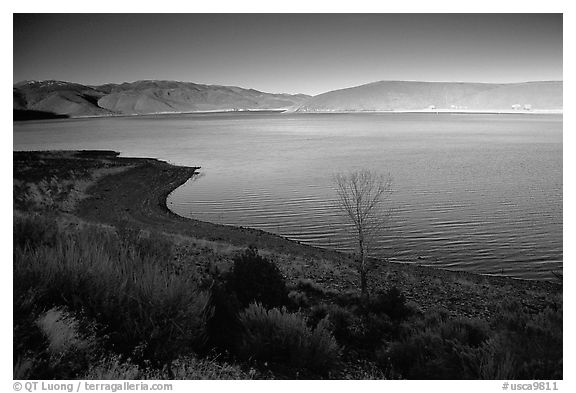 Topaz Lake, late afternoon. California, USA (black and white)