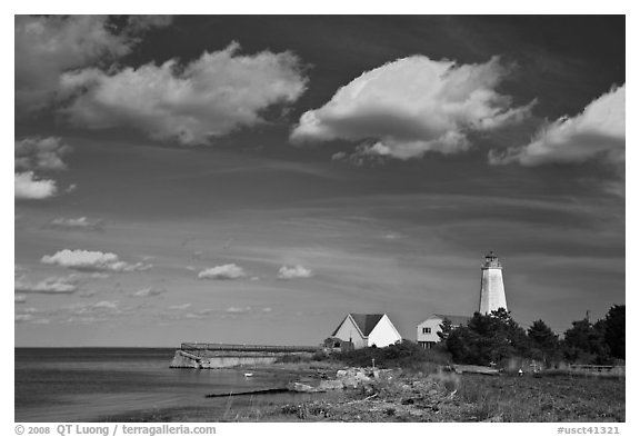 Lighthouse, Connecticut River estuary, Old Saybrook. Connecticut, USA (black and white)