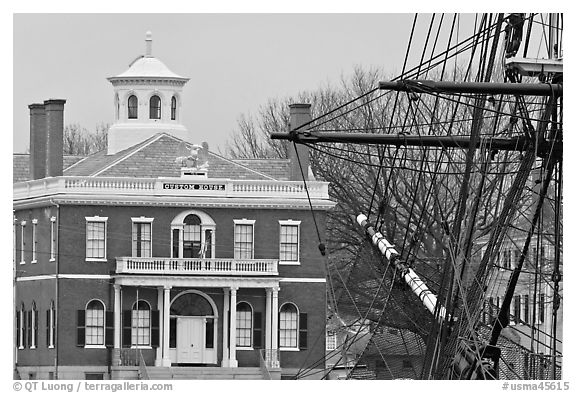 Ship rigging and Custom House, Salem Maritime National Historic Site. Salem, Massachussets, USA (black and white)