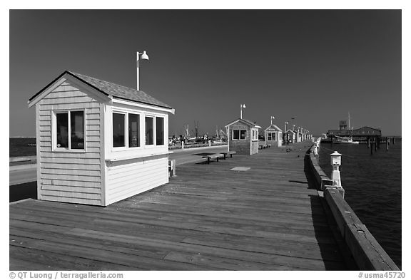 Mac Millan Pier, Provincetown. Cape Cod, Massachussets, USA (black and white)