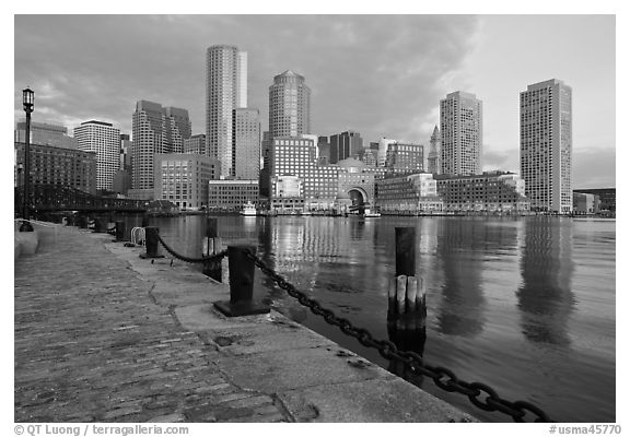 Harbor skyline. Boston, Massachussets, USA (black and white)