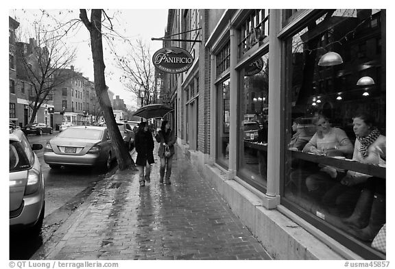 Charles Street on rainy day, Beacon Hill. Boston, Massachussets, USA (black and white)