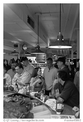 Union Lobster House, oldest restaurant in continuous service in the US. Boston, Massachussets, USA (black and white)