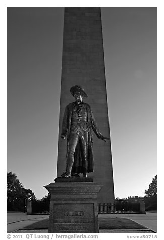 Statue of Col. William Prescott and Bunker Hill Monument, Charlestown. Boston, Massachussets, USA (black and white)