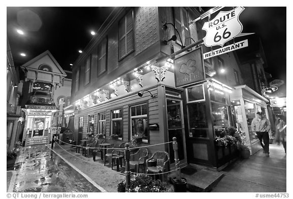 Black and white picture photo route 66 restaurant at night bar harbor maine usa