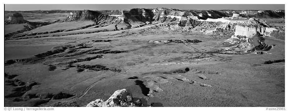 Valley and cliffs,  Scotts Bluff National Monument. South Dakota, USA (black and white)