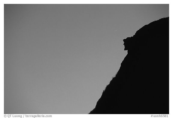 Profile of old man of the mountain, Franconia Notch State Park. New Hampshire, USA