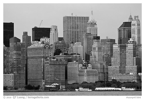 Lower Manhattan skyline,. NYC, New York, USA (black and white)