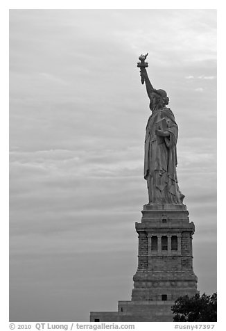 Liberty Enlightening the World, side view, evening. NYC, New York, USA (black and white)