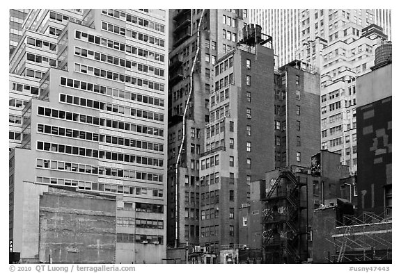 Vintage high-rise buildings, Manhattan. NYC, New York, USA (black and white)