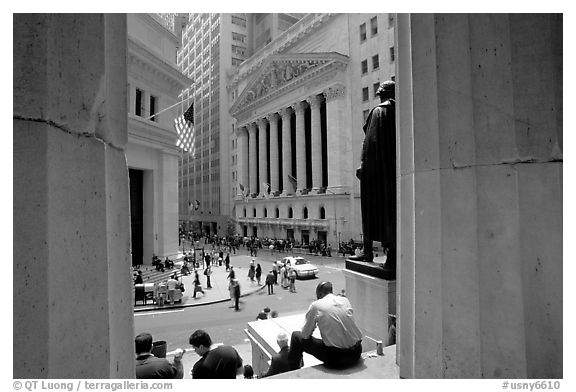 Black and white picture photo wall street stock exchange nyse nyc new york usa