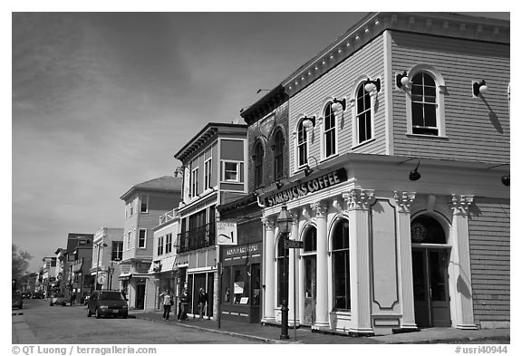 Row of historic houses. Newport, Rhode Island, USA (black and white)